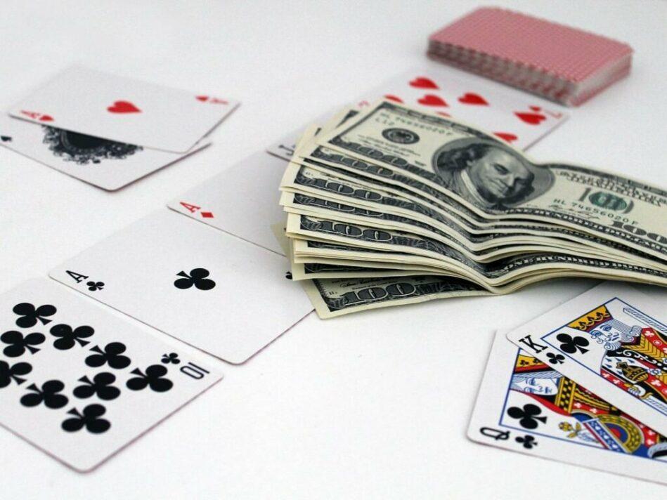 игра в дурака онлайн на реальные деньги с выводом денег на карту сбербанка займ с 21 года онлайн на карту без отказа