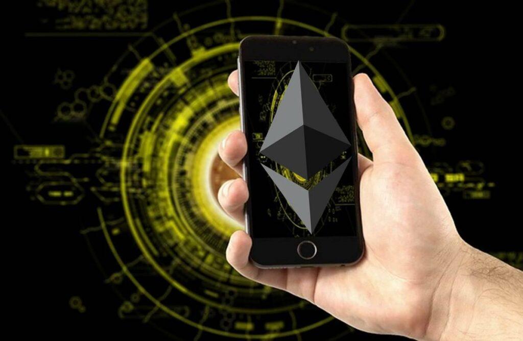 Покупка криптовалюты через мобильное приложение
